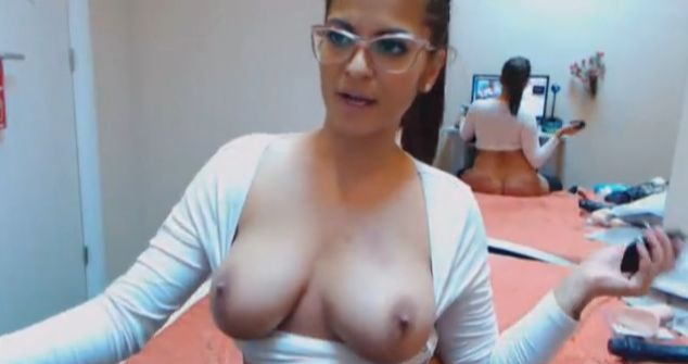 Busty Hot Jenyiffer Sex Cam