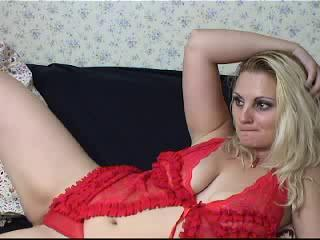 Seductivejuly Busty Blonde MILF