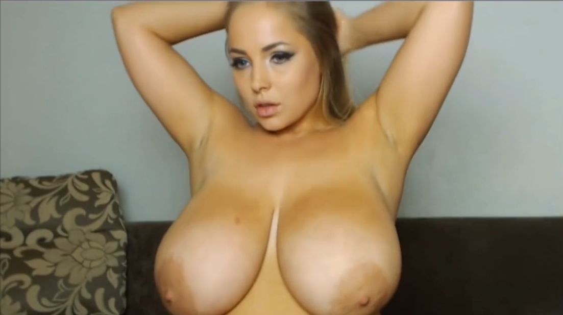 Erkos Busty Cam Girl Riding Dildo 1